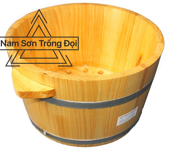 Màu sắc bắt mắt, láng bóng của chất liệu gỗ cao cấp được Nam Sơn Trống Đọi sử dụng